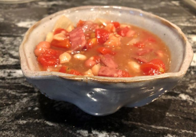 Bean Soup In Pottery Boal 768x576
